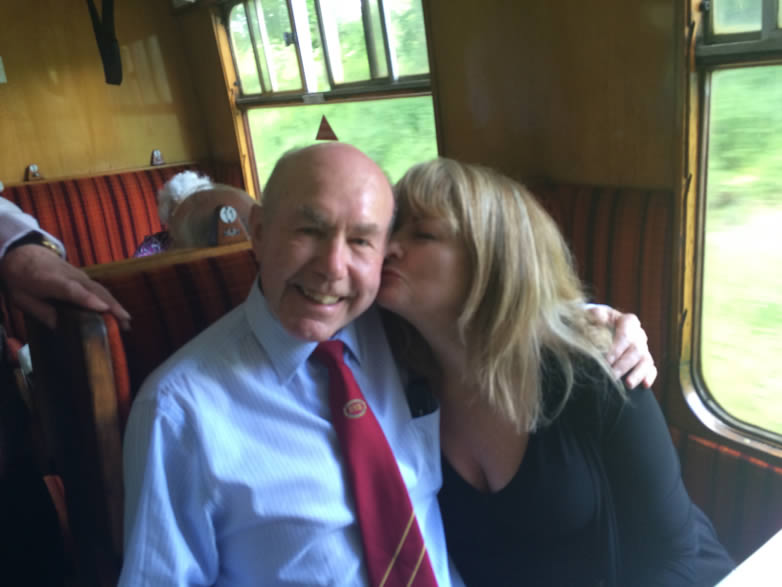 John JP Pentlow med Carole Ashby vid Nene Valley Railway
