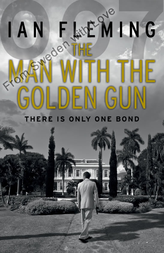 The Man With The Golden Gun vintage paperback