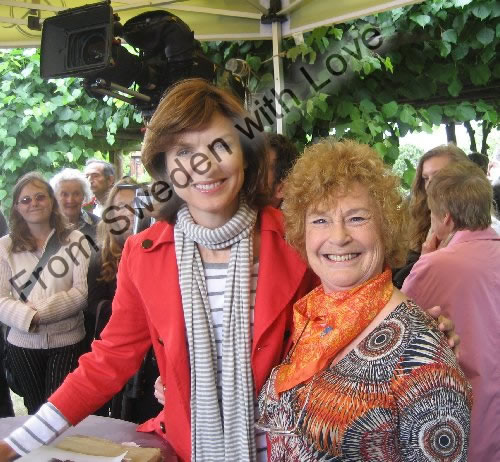 Antiques roadshow with nikki van der zyl