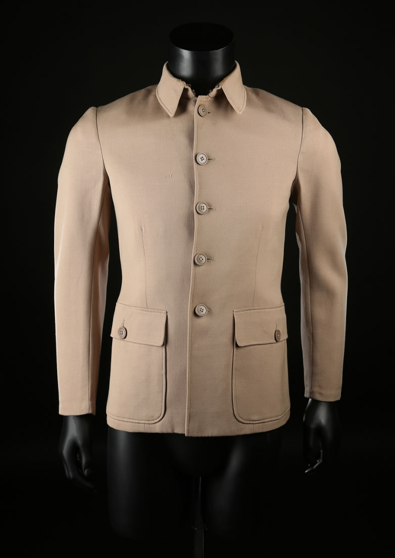 Casino Royale Jimmy Bond Woody Allen beige jacket