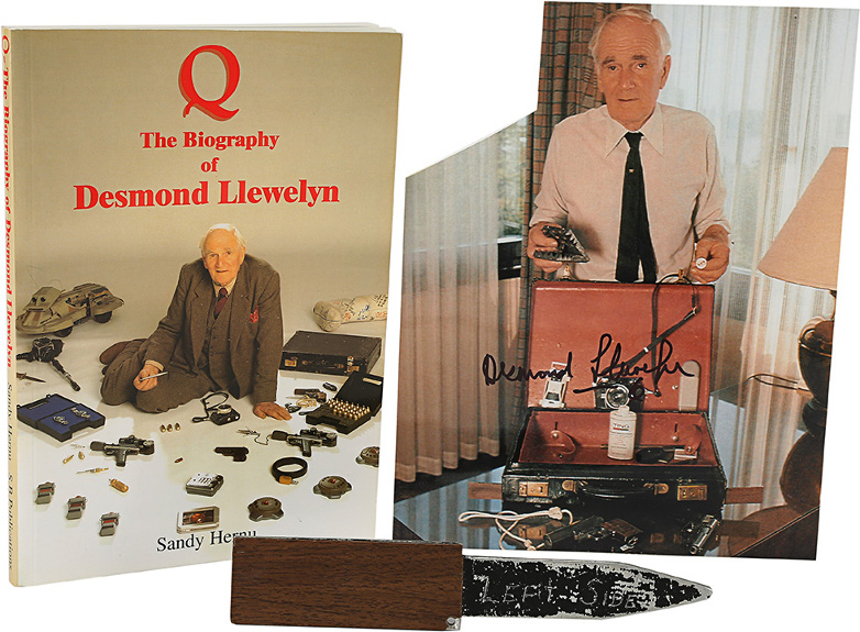 Q's (Desmond Llewelyn) Touring Briefcase Gadget Knife