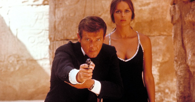 Roger Moore Barbara Bach The Spy Who Loved Me film