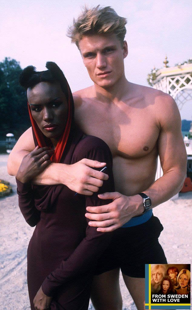 Grace Jones och Dolph Lundgren under inspelningen av A View to a Kill i Frankrike