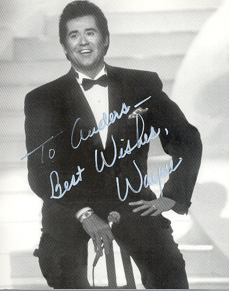 Wayne Newton Signed 10x8 inch photo