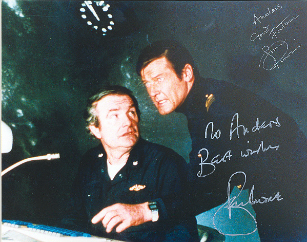 Shane Rimmer and Sir Roger Moore 10x8 inch, coluor