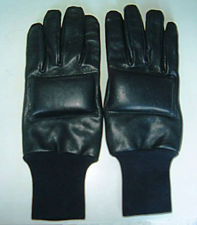 Soft leather gloves Seen on screen during the opening sequence of film