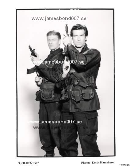 Sean Bean och Pierce Brosnan E259-18