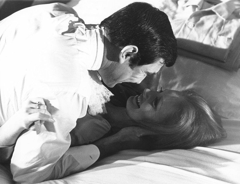 George Lazenby Catherine Schell OHMSS