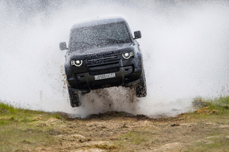 New Land Rover Defender in action for No Time To Die