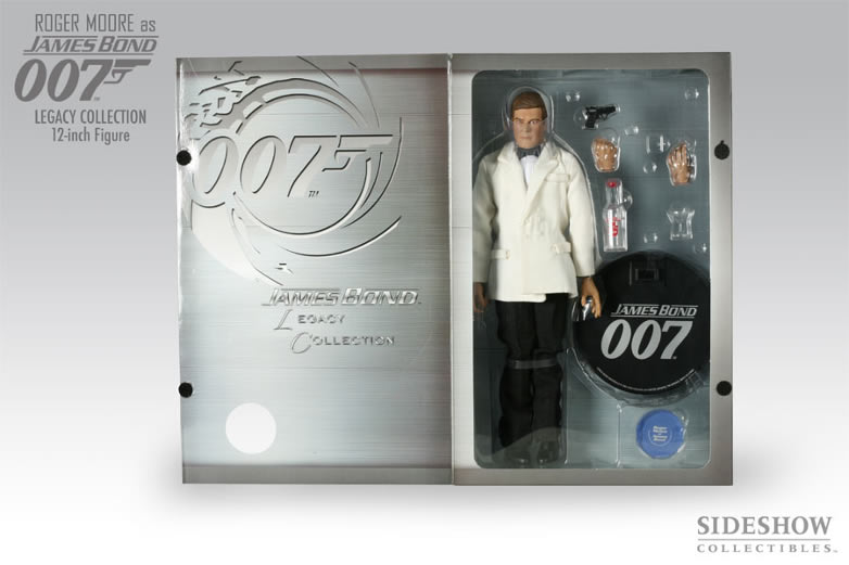 Roger moore sideshow legacy collection